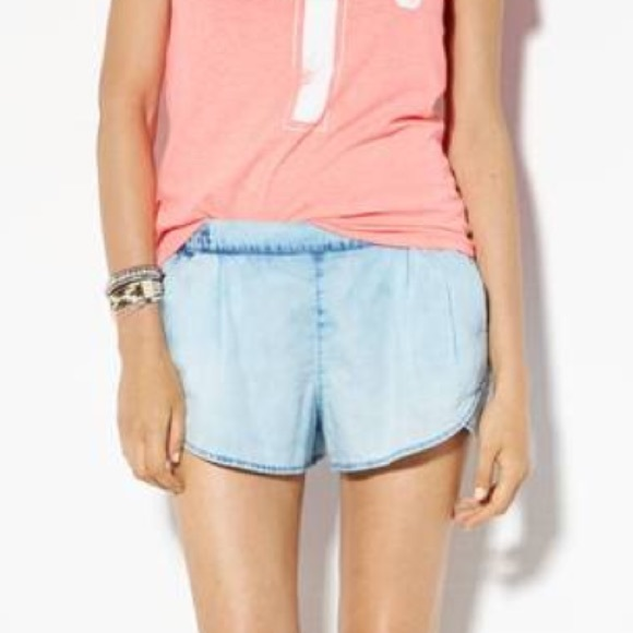 American Eagle Outfitters Pants - American Eagle outfitters chambray shorts